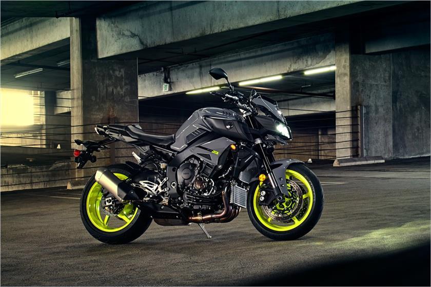 2017 Yamaha FZ 10 Hyper Naked Motorcycle