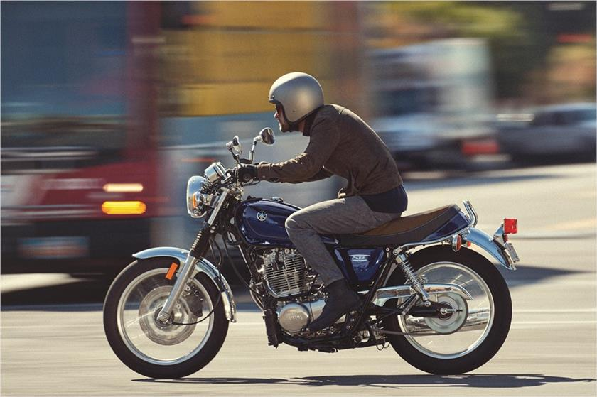 2018 Yamaha Sr400 Action Blue