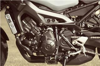 2019 Yamaha XSR900 - Detail Silver